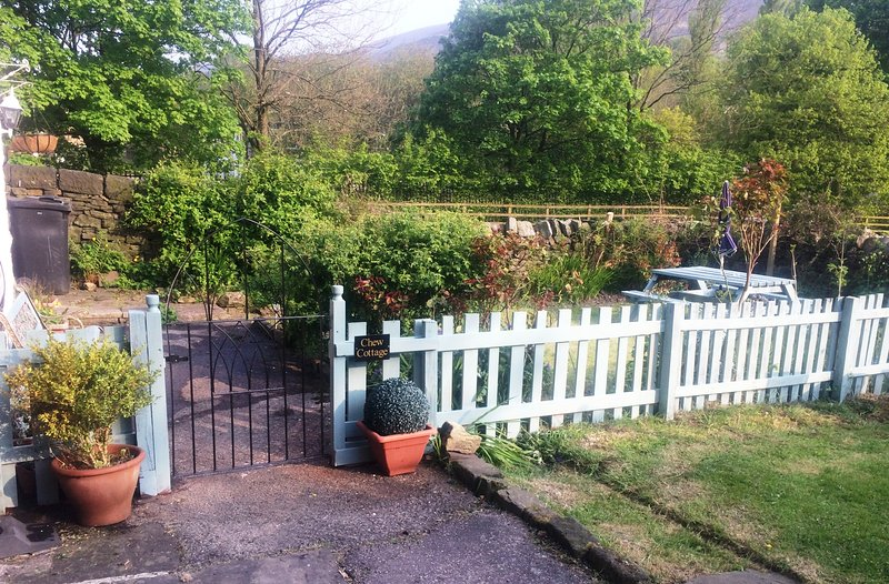 Saddleworth Valley Cottage, Saddleworth, holiday rental in Mossley