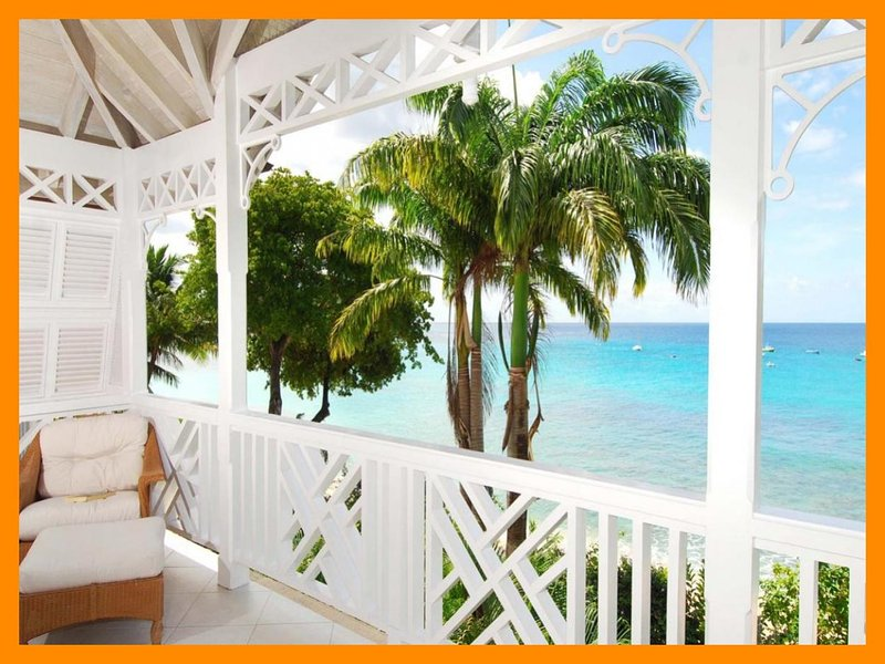 Mahogany Bay - Fathoms End - 5* Beachfront - Pool, holiday rental in Paynes Bay