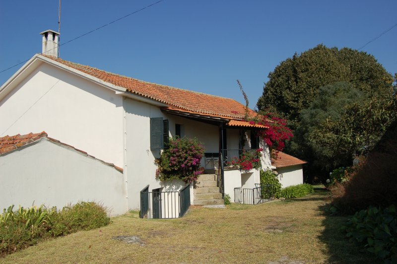with private pool and just 6 km from the sandy beach of Vila do Conde, vacation rental in Gondifelos