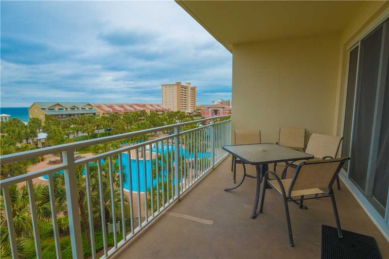 Sterling Shores 409 Destin Has Waterfront And Cable