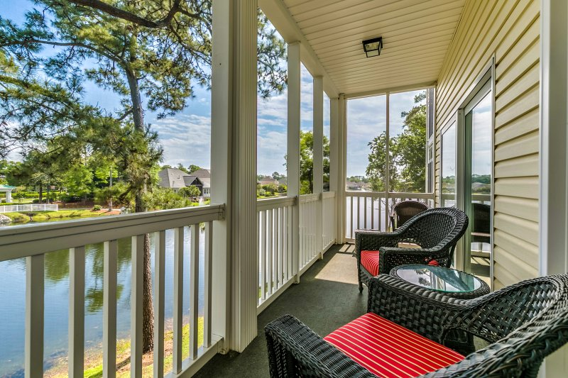 Escape to coastal North Carolina by booking this charming 3-bedroom, 2-bathroom vacation rental condo in North Myrtle Beach's desirable Ocean Keyes community!