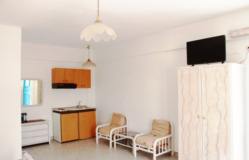 Traditional Apartment near the Beach, vacation rental in Perissa