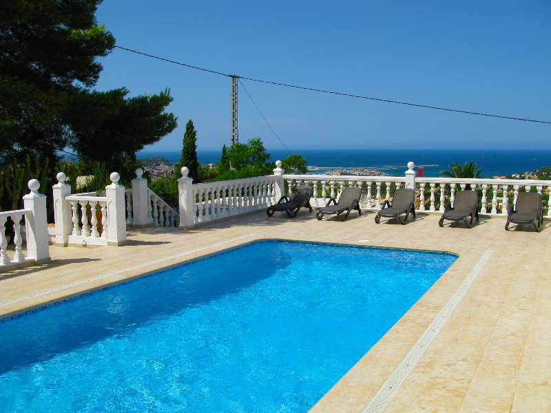 Private pool terrace with fantastic views