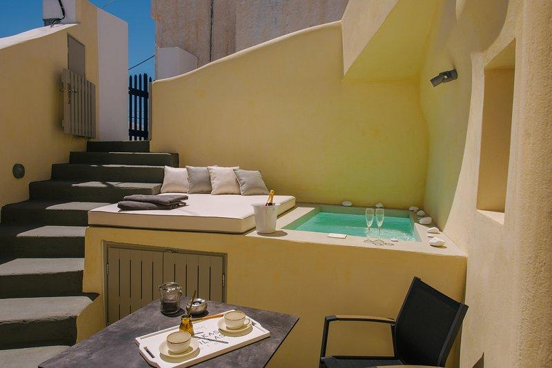 Villa Artemis by Pyrgos Kastelli Villas, holiday rental in Exo Gonia