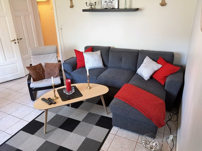 Very cosy and warm apartment  for 4 - 6 pers, vacation rental in Seltjarnarnes