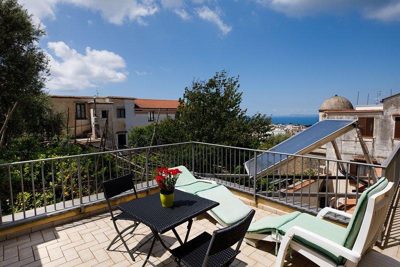 Casa vacanza al Vicoletto Piano di Sorrento, holiday rental in Piano di Sorrento