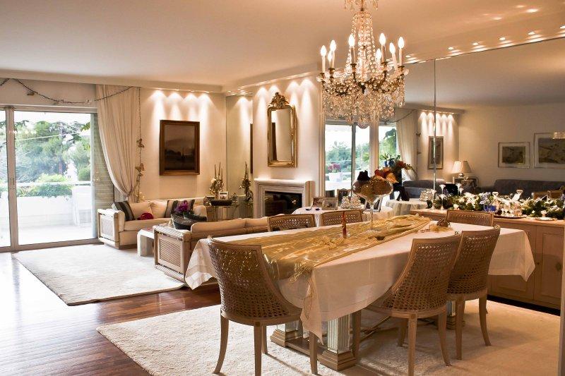 Luxury Apartment Demokratias, location de vacances à Voula