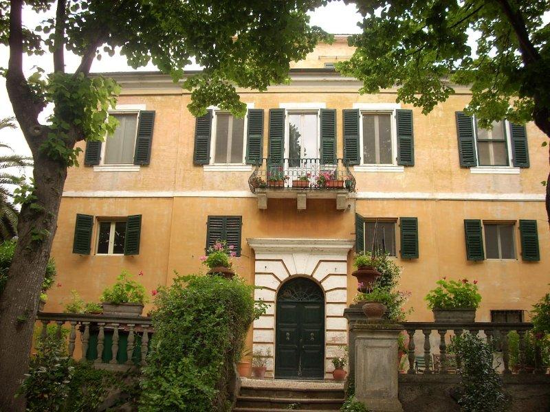 Appartamento con vista villa privata, vacation rental in Agugliano