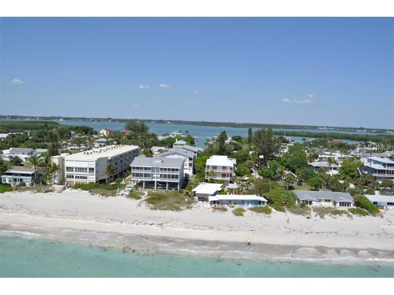 On the Beach! Private property, Sunsets, Sharks teeth, Shells, Fish, Loungers!, casa vacanza a Manasota Key
