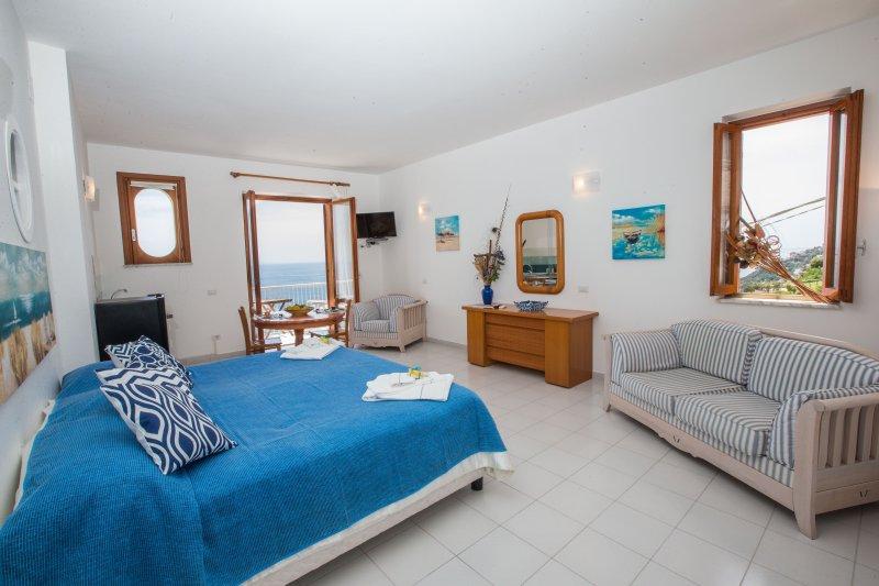 Amalfi Cobalto view, vacation rental in Vettica