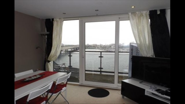 2 Bedroom Appartment with sea views available for Champion League Finals, location de vacances à Cardiff