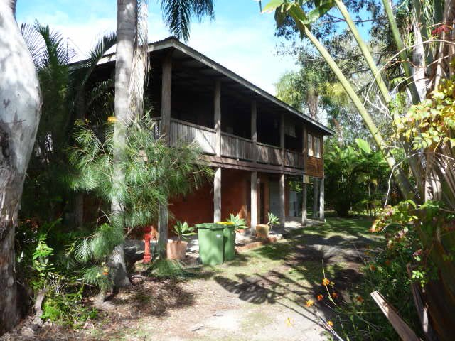 The Treehouse at Tin Can Bay, vacation rental in Tin Can Bay