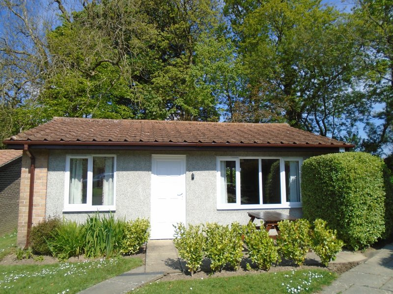 Detached Bungalow 69 - Pleasant patio area.