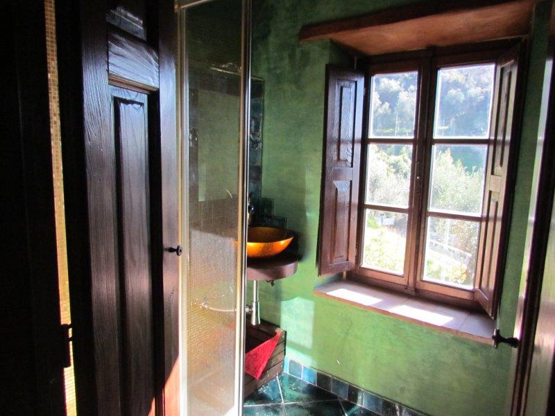 Bathroom amber