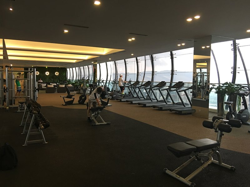 Luxury Sky Gym at Level 25