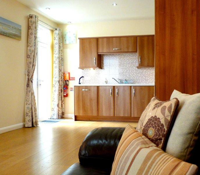 Coast Apartments Shells; very spacious 3 bedrooms -  max 6 adults, 2 children, alquiler de vacaciones en Blackpool