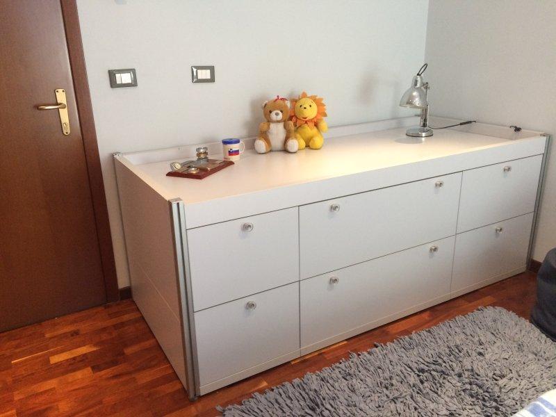 Luxury city center apartment, alquiler vacacional en Qerek