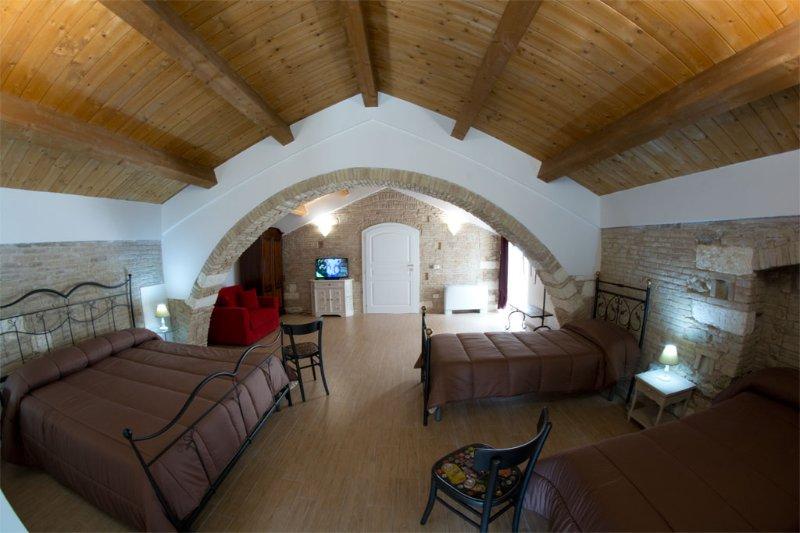Residenza Delle Grazie VITTORIA, holiday rental in Miglionico