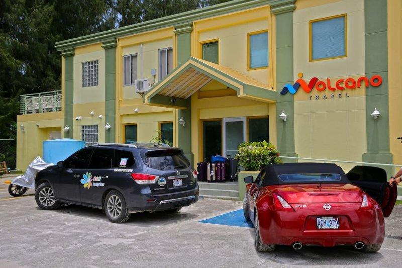 VOLCANO OCEAN VILLA, holiday rental in Saipan