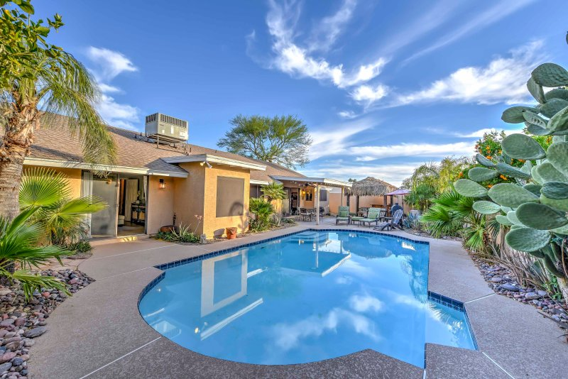 Have the Arizona getaway of a lifetime at this impressive Scottsdale house.
