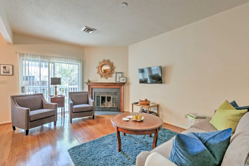Home 5 Mi to Colonial Pkwy, 11 Mi to Busch Gardens, holiday rental in West Point