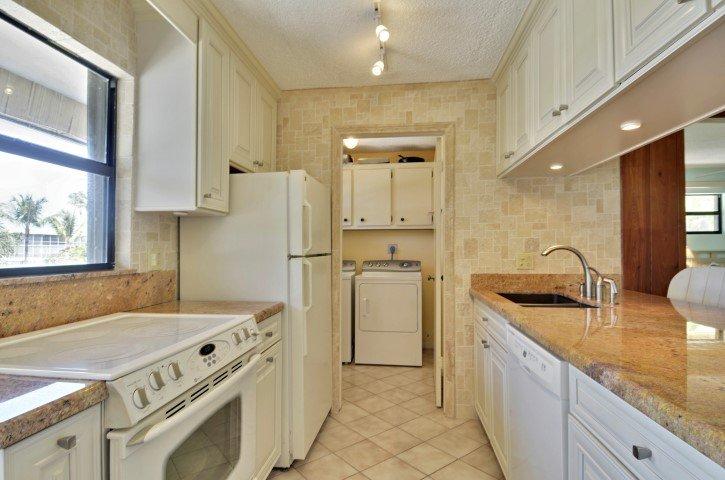 Kök och tvättstuga