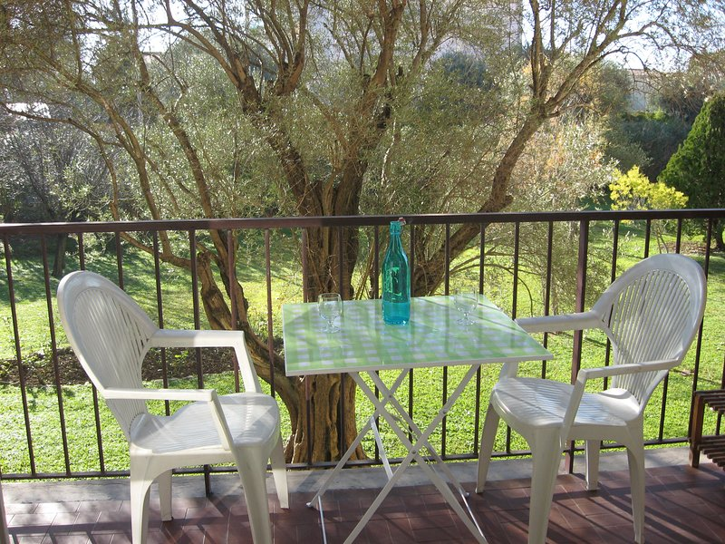 Rent /French Riviera/ Studio 2 pers/ 10 min from beaches, holiday rental in Juan-les-Pins