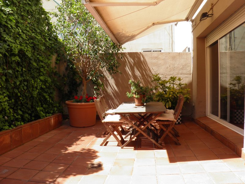 Courtyard House Barcelona, vacation rental in Sant Cugat del Valles