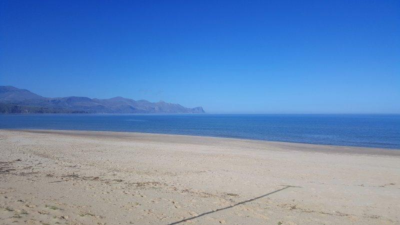 Villa IPANEMA, accogliente, a 3 minuti dalla spiaggia!, holiday rental in Alcamo