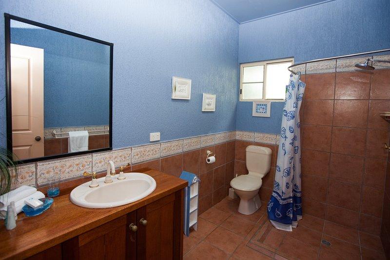 Luna Mission - Downstairs Bathroom