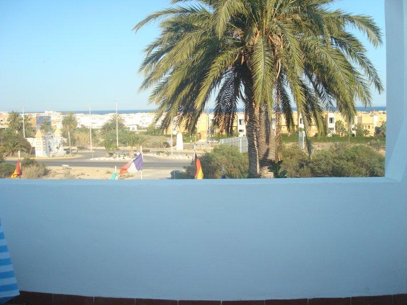 ático vistas al mar 2 habitaciones con piscina vera colina 18, holiday rental in Vera