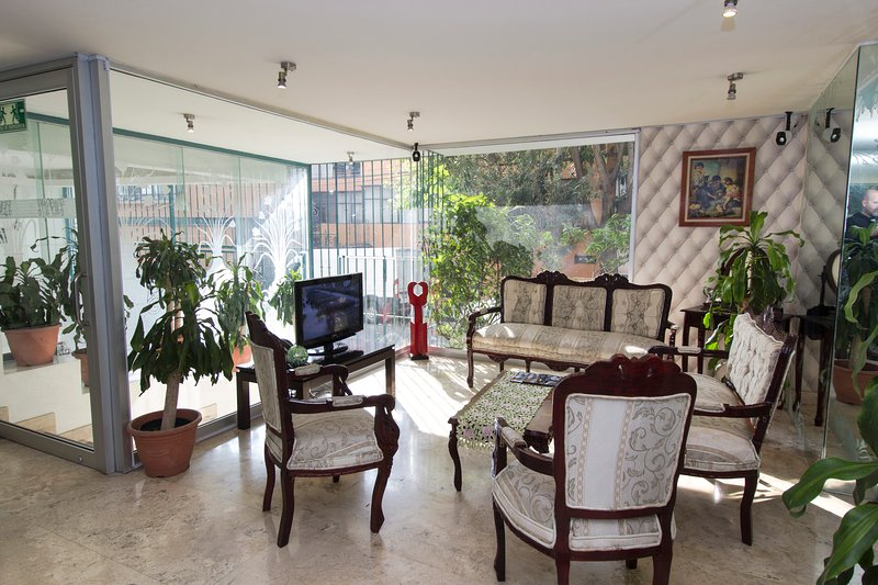 Suites Oklahoma Residence L' Heritage, vacation rental in Mexico City