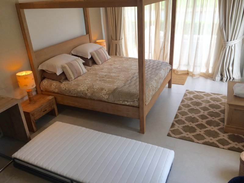 Additional single bed for the master bedroom