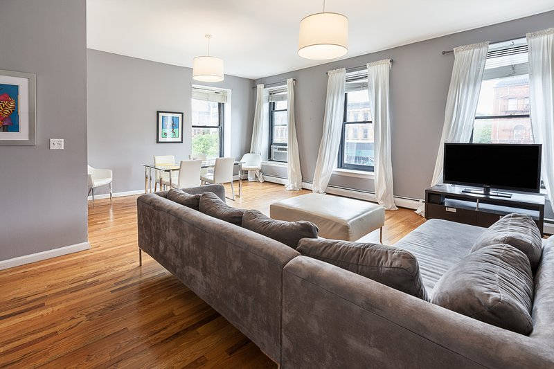 Internet Access Holiday Rental In New York City