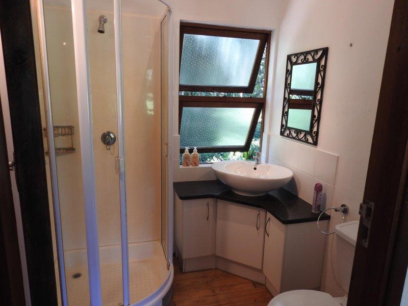 Douche et toilettes