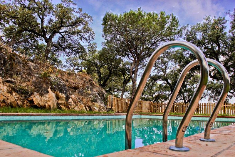 ALOJAMIENTO RURAL EL LARIO 'Aljibe', location de vacances à San Jose del Valle