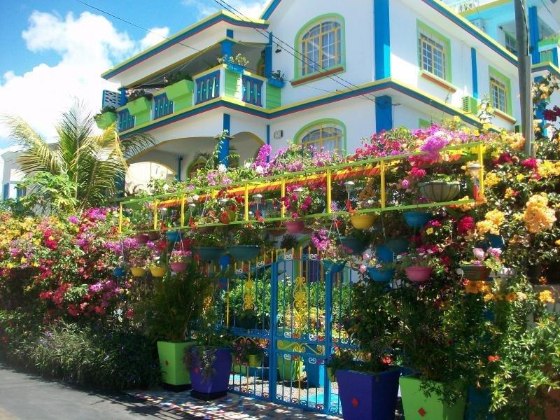 Lapiroguevilla Apartment 130 m2 avec grande terrasse proche plage de Pereybere, holiday rental in Pereybere