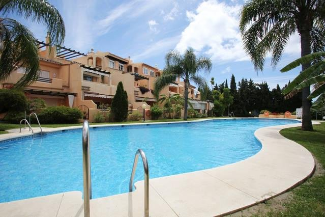 Room-suite in luxurious and peaceful Andalusian house. for couples. relaxed atmosphere.