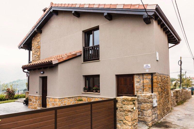 Casa germana cezosu nava asturias nava espa a actualizado 2019 alquileres - Casas vacacionales madrid ...