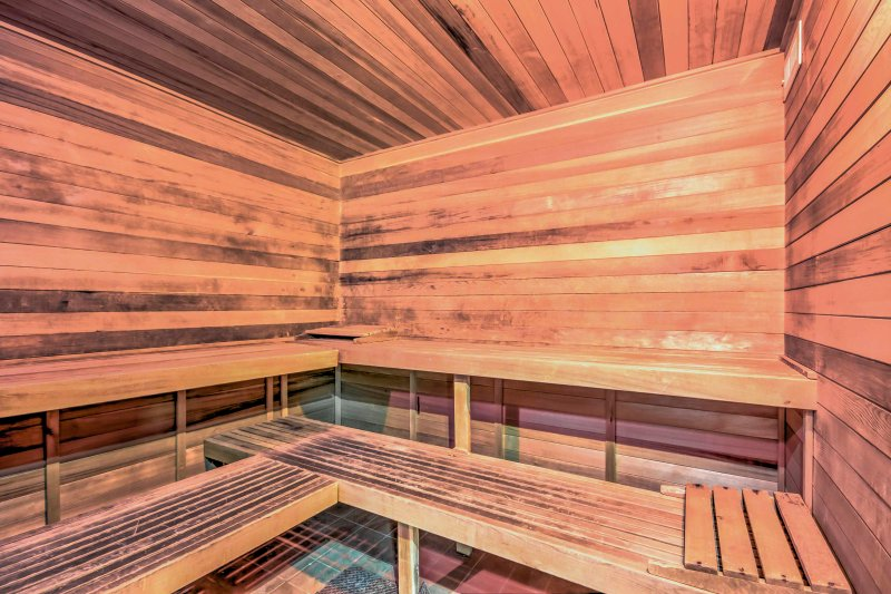 Detox your system as you sweat out your toxins in the sauna.