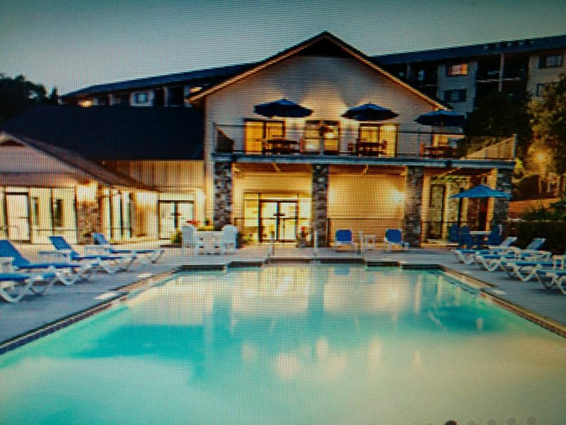 Enjoy the fall foliage and shopping during the day then relax by the pool when your ready.