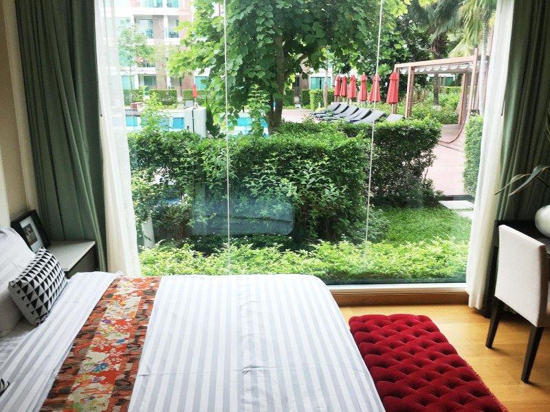 Perfect Gardenside Direct Pool Condotel by the sea, alquiler vacacional en Ban Khao Takiap
