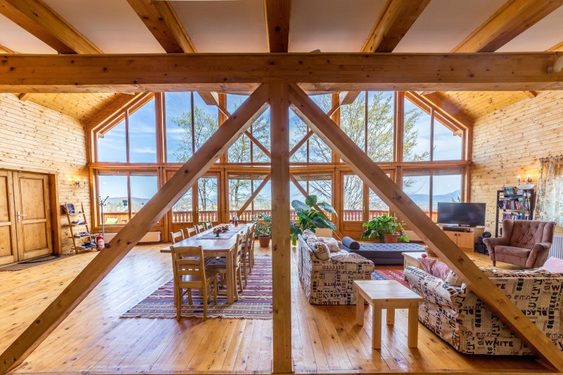 Carpathian Log Home, vacation rental in Rucar