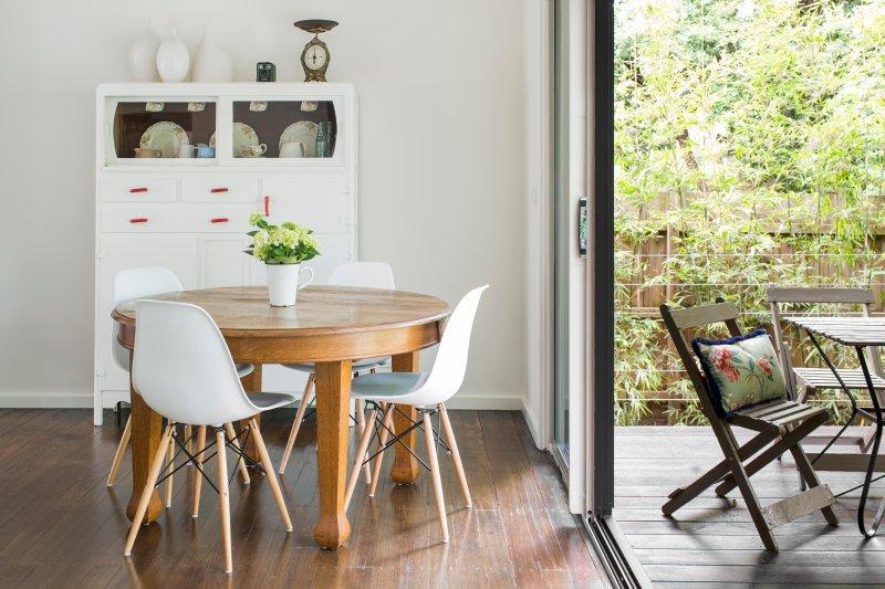 Cenar en el interior, al aire libre o un poco por trayecto - a decidir