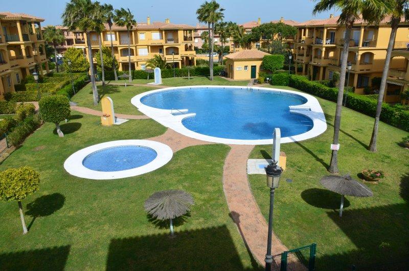 Apartamento en chiclana playa de la barrosa un dormitorio Novosantipetri, alquiler de vacaciones en Novo Sancti Petri