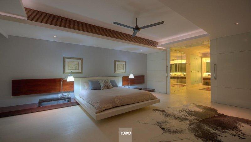 Bedroom - Luxury Retreat in midst of Bali !