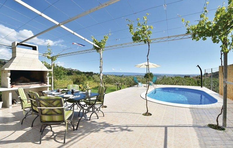 Terrasse zum Sonnenbaden und beim Frühstück in der Natur