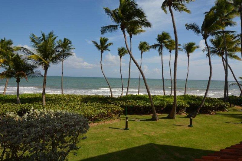 BEACH VILLA 106, vacation rental in Humacao