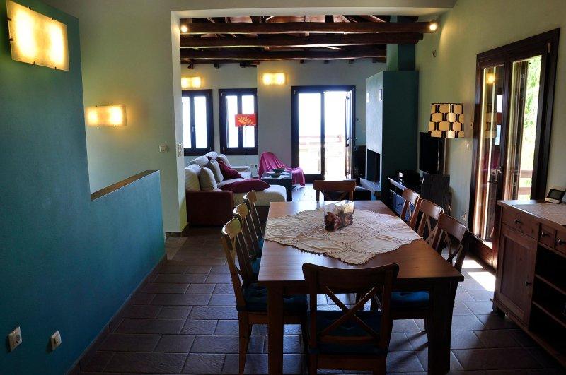 300sm Villa with sea view, holiday rental in Kalamaki