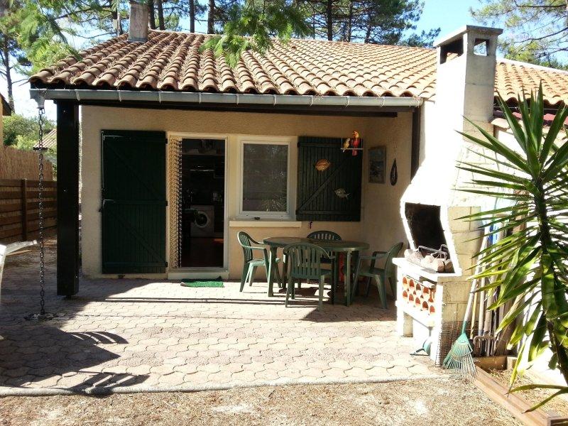 MAISON PRES DU GOLF AVEC JARDIN, vacation rental in Lacanau-Ocean